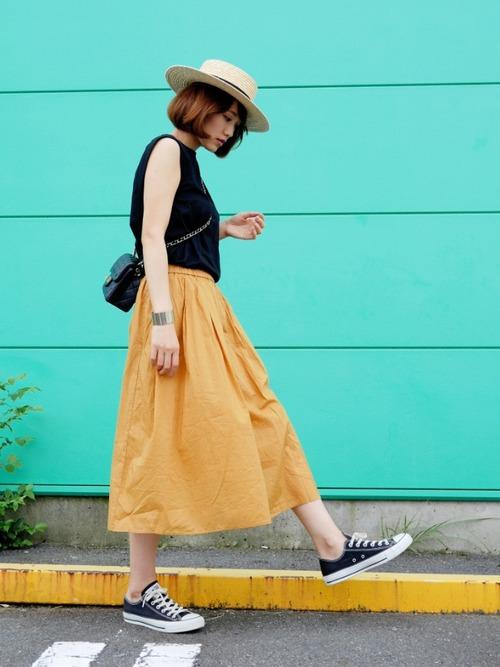 きれい色のスカートで女っぷりをあげよう