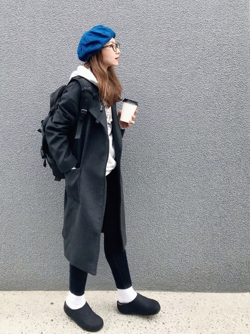 パンツスタイルにベレー帽をプラスして15