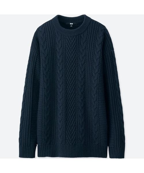 ケーブルロングセーター