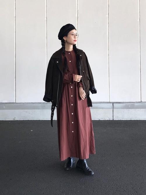 ベレー帽をスカートスタイルでガーリーにコーディネート10
