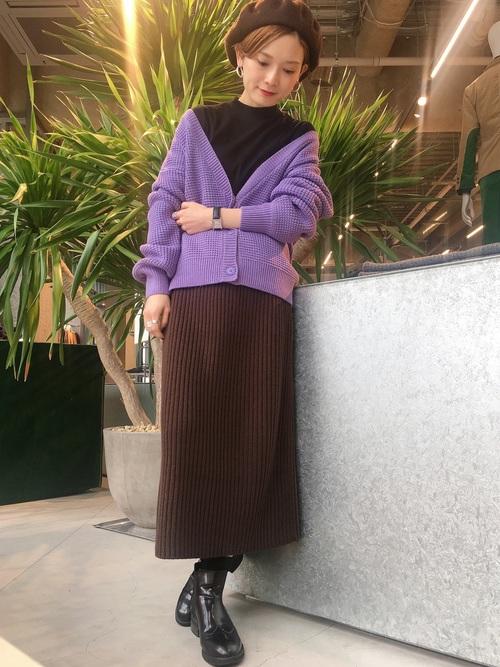 ベレー帽をスカートスタイルでガーリーにコーディネート16
