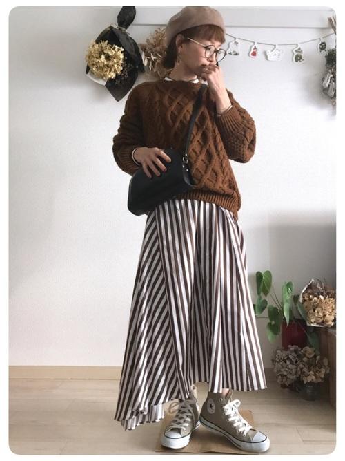 ベレー帽をスカートスタイルでガーリーにコーディネート3