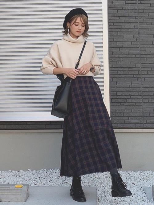ベレー帽をスカートスタイルでガーリーにコーディネート5