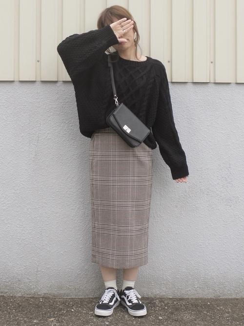 ニット×チェック柄スカート