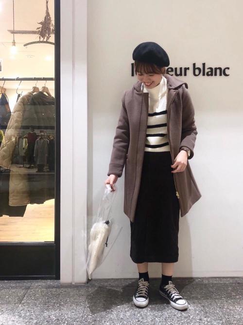 スカートにベレー帽を合わせてレディな雰囲気に8