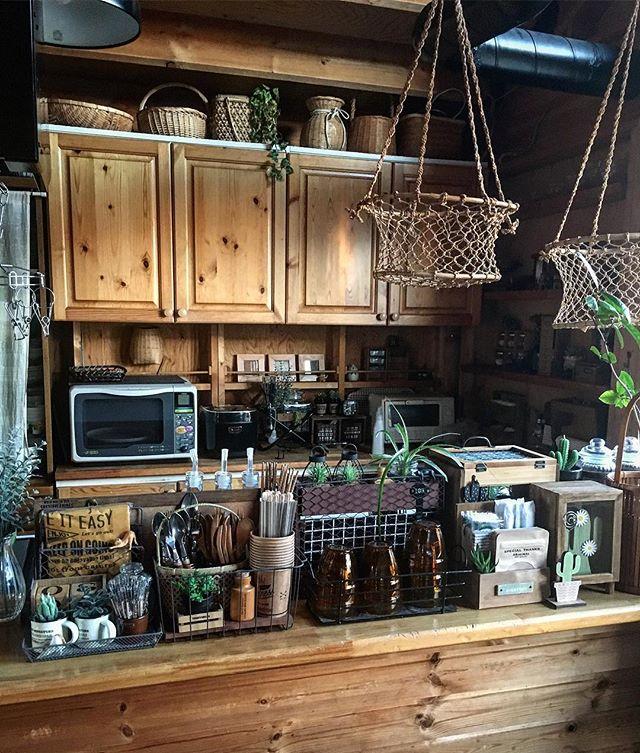 キッチンカウンターを収納スペースとして!2