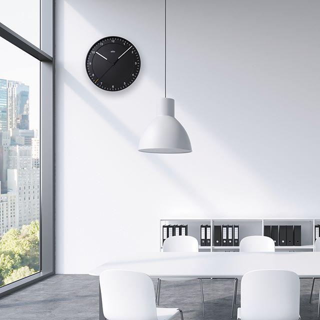 どんなインテリアにもマッチするシンプルな壁掛け時計3