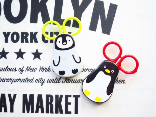 ■13.【キャンドゥ】マグネット付はさみ ペンギン