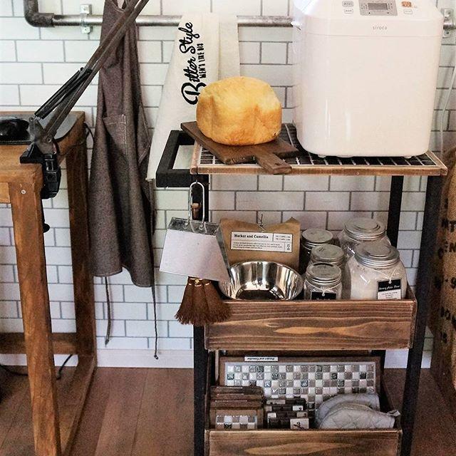 キッチンワゴンをキッチンカウンター風に活用2