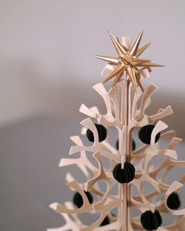 ナチュラルでシンプルな「lovi」のクリスマスツリー2