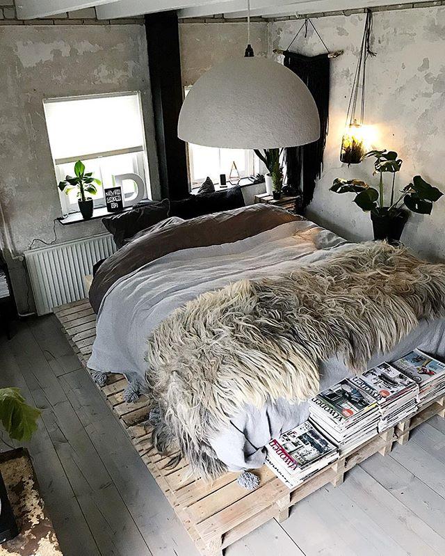 こなれ感のあるベッドルーム