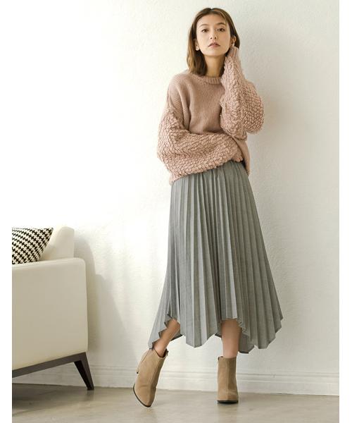 ピンクニット×プリーツスカート