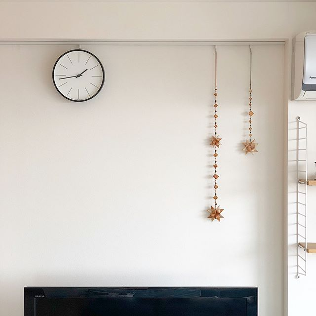 どんなインテリアにもマッチするシンプルな壁掛け時計2