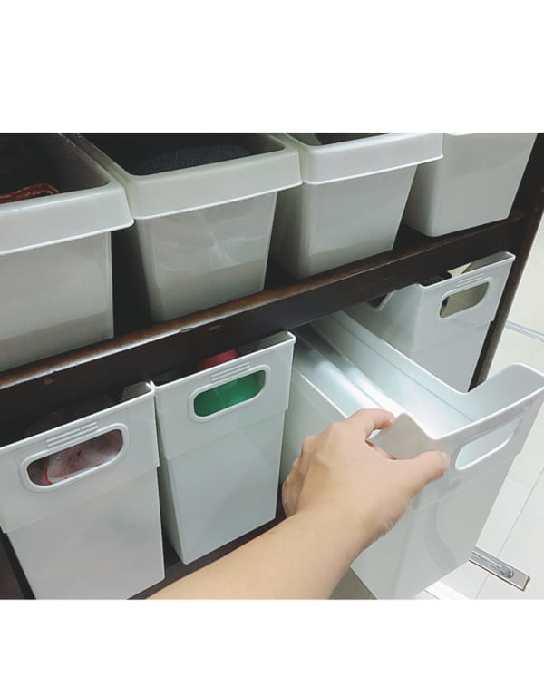 ファイルボックス+つっぱり棒でゴミ袋を取り出しやすく2