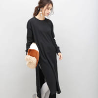 秋冬の「モノトーンコーデ」◆地味に見せないための着こなし術とは?