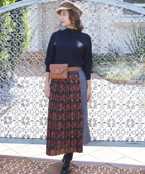 グレンチェック&ダークフラワー柄のアシンメトリースカート
