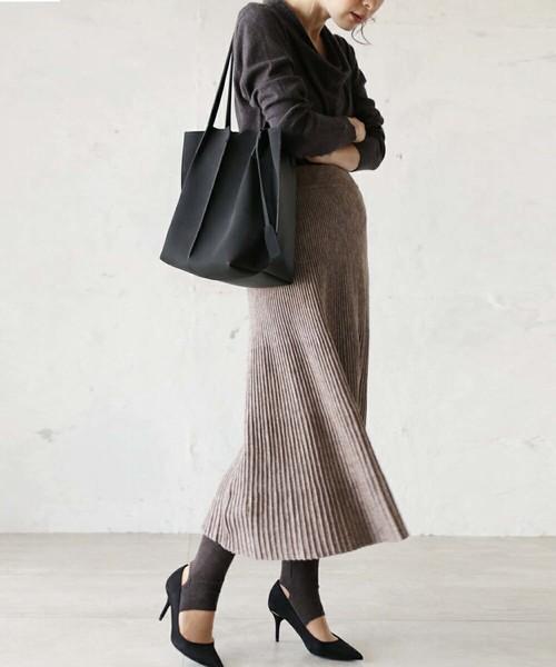 [cawaii] 浮き上がるシャープなラインのニットスカート