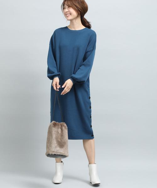 裾釦ニットワンピース