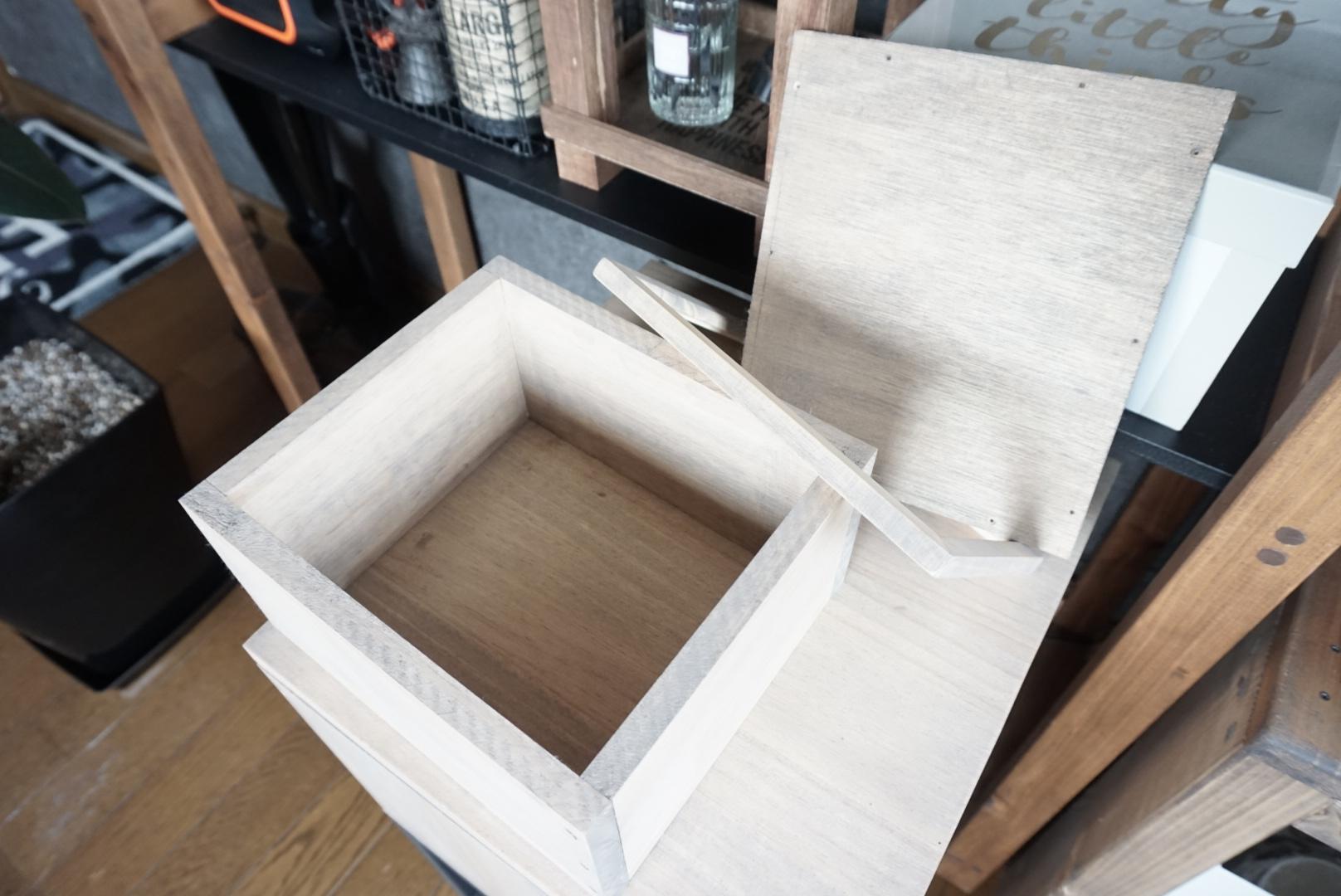 DIY 窓付飾り棚収納ケース 作り方2