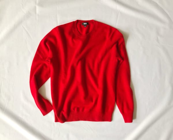 ③カシミヤセーター