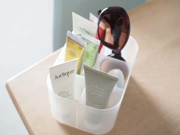 2.「積み重ねボックス小・仕切り付」の収納アイデア
