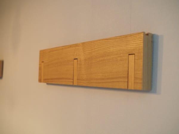 壁に付けられる家具・3連ハンガー1