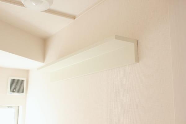 壁に付けられる家具・棚をトイレの壁に設置
