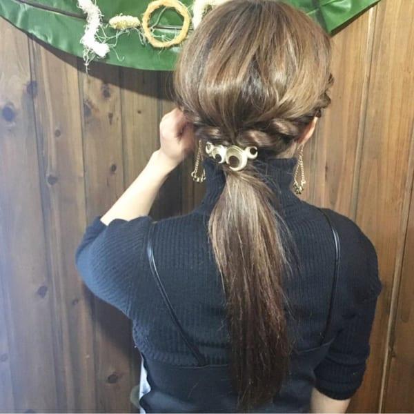 ストレートヘアアレンジ4