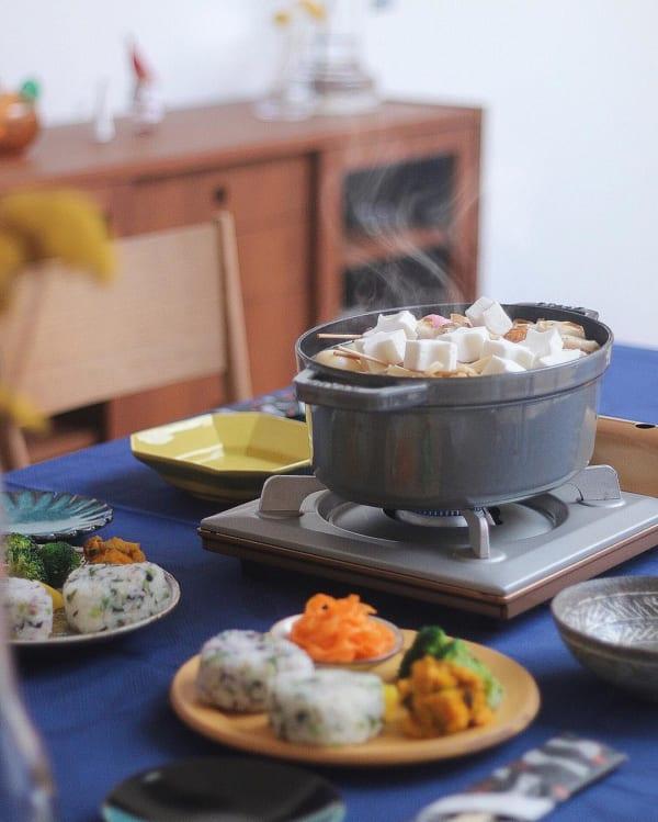 熱々をテーブルに。ぬくもり感溢れる冬の食卓を演出12