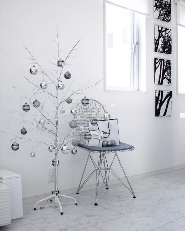 シンプルで落ち着きのあるクリスマスの飾り付けアイディア12