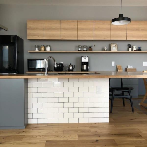 モノトーン+ウッドのシンプルな空間づくりが素敵な平屋4