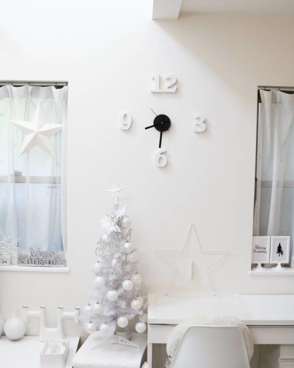 シンプルで落ち着きのあるクリスマスの飾り付けアイディア15
