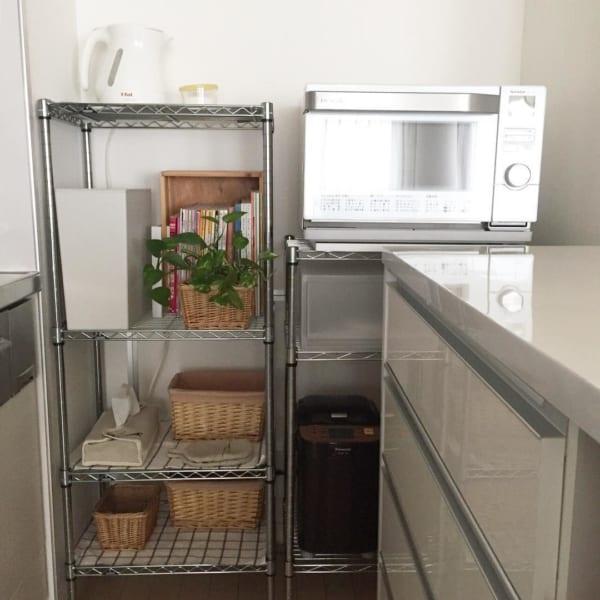 家具の配置バランスでスペースを区切った一人暮らしインテリア5