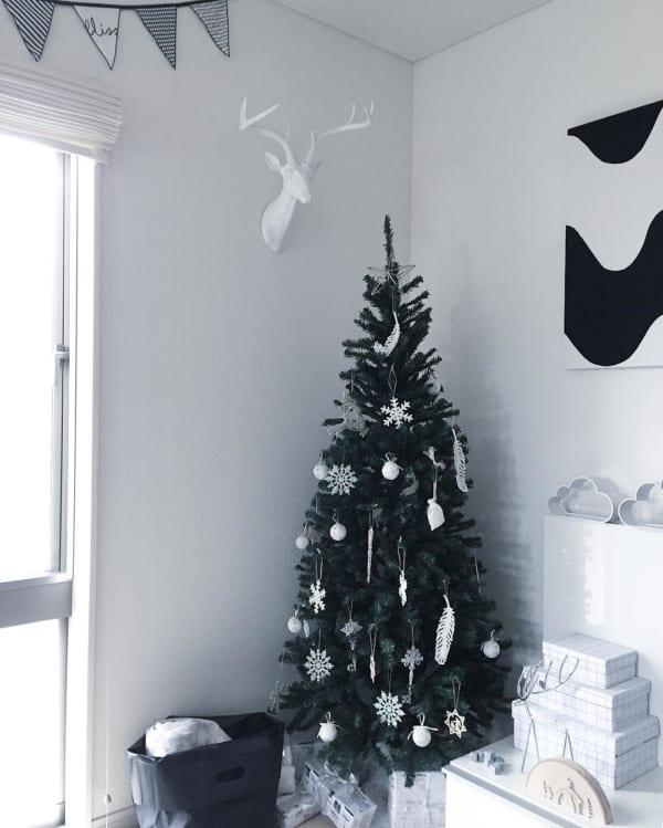 シンプルで落ち着きのあるクリスマスの飾り付けアイディア22