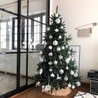 クリスマスツリーのおしゃれも「足元」から!おしゃれな足元隠し実例集♪