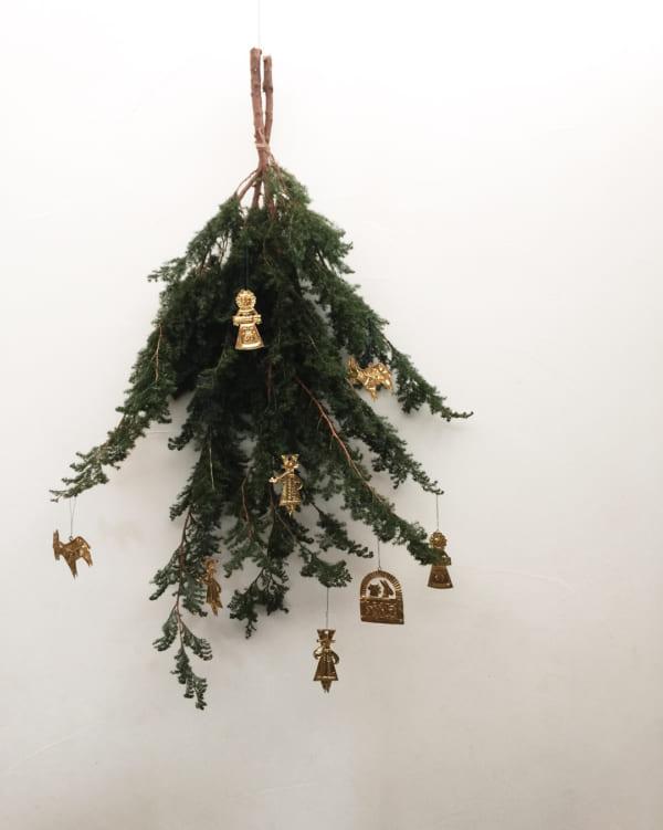 植物のナチュラル感が素敵なクリスマスディスプレイ5