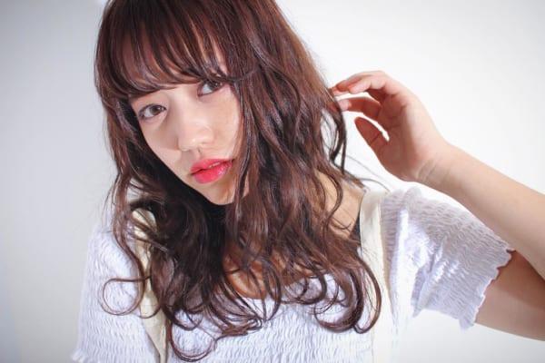 ミディアム・セミロング×シースルーバング♡大人に似合うおすすめスタイル特集!6