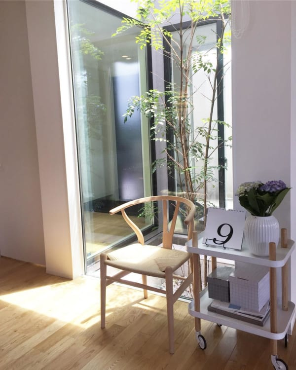 坪庭を取り入れた、明るく開放的な空間づくりが魅力の平屋6