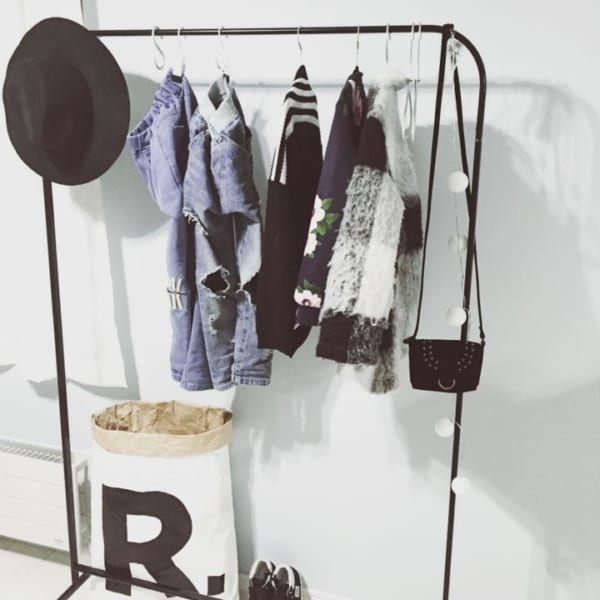 「衣類収納」に役立つアイテム&収納術!24