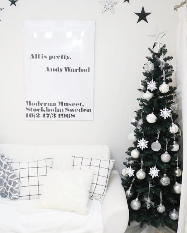 シンプルで落ち着きのあるクリスマスの飾り付けアイディア8