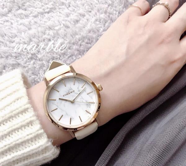 マーブル模様の腕時計(ダイソー)