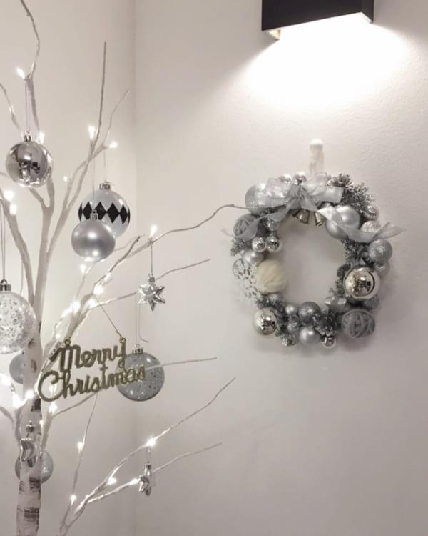 シンプルで落ち着きのあるクリスマスの飾り付けアイディア9