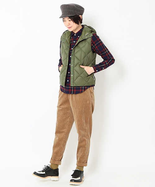 [BEAMS WOMEN] ROCKY MOUNTAIN FEATHERBED × fennica / 別注 6Month フーディ ダウンベスト <WOMEN>