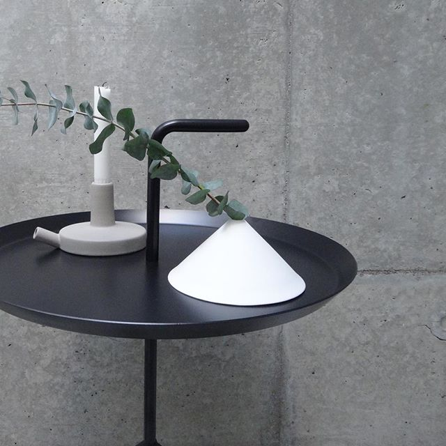 シンプルで実用的【HAY】のサイドテーブル「DLM」特集14
