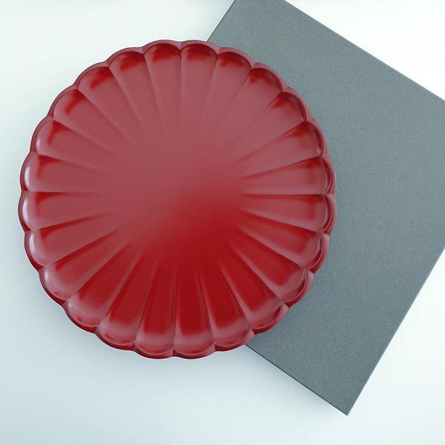 菊の形のお盆