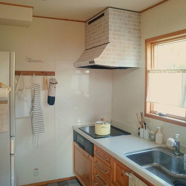 キッチン換気扇をレンガデザインにリメイク2