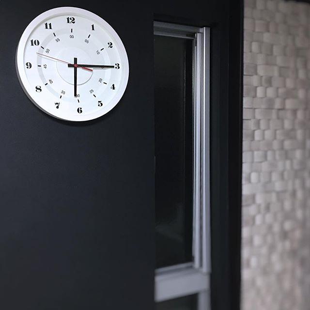 ■シンプル&ベーシック。さりげない存在感を放つ時計たち3