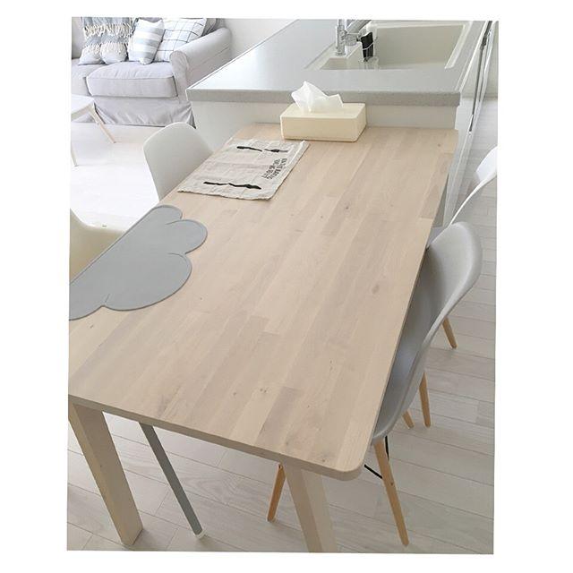 IKEA ダイニングテーブル