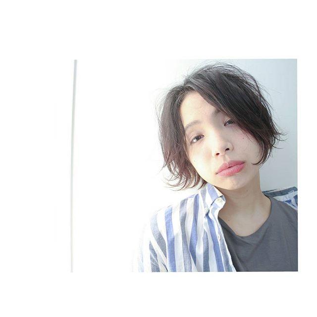ショートヘアが似合う顔43