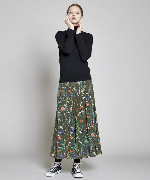 ボタニカル花柄スカート